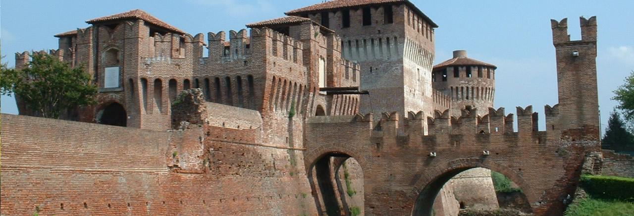 Cremona e le residenze castellate